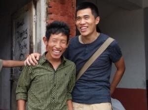 Über uns - glücklich in Nepal.