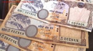 Nepal Reisevorbereitung - Die nepalesische Rupie - nationale Währung von Nepal.