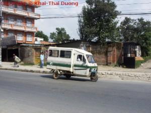 Nepal Verkehr - Öffentliche Verkehrsmittel: TukTuk
