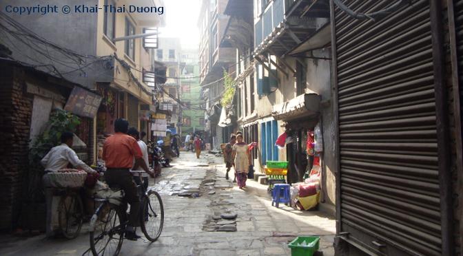 Die noch sehr traditionelle Altstadt von Kathmandu im Stadtzentrum.