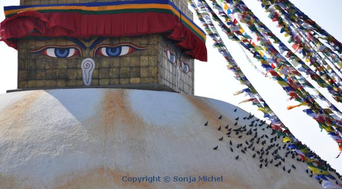 Nepal ist eines der faszinierendsten Länder dieser Erde. Kein anderer Ort wird Sie so in den Bann ziehen wie das Dach der Welt!