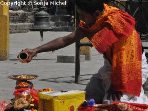 Religiöse Riten & Bräuche sind tief in der nepalesischen Gesellschaft verankert.