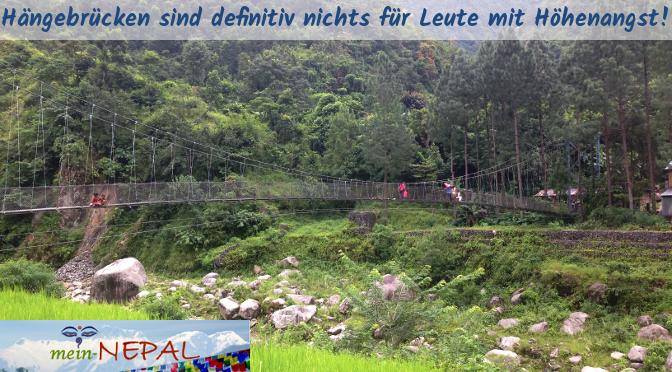 Ein kleines Abenteuer für sich - Hängebrücken in Nepal begehen.