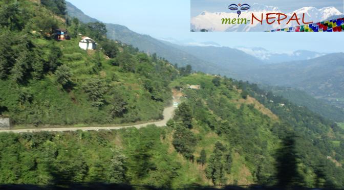 Lange Busfahrt von Kathmandu nach Pokhara