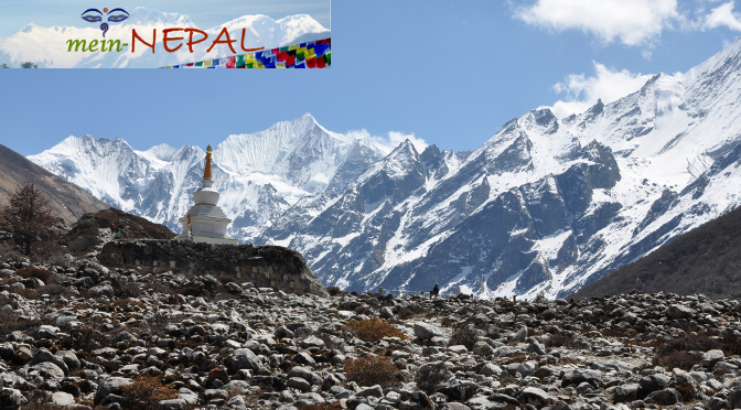 Trekking in Nepal - Wandern im Himalaya Gebirge.
